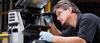 Prompt and efficient on-site service for your industrial printer